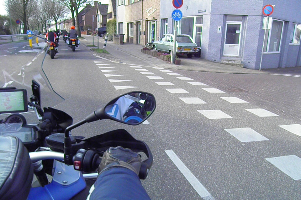 Motorrijbewijspoint Haarlem theorie cursus online